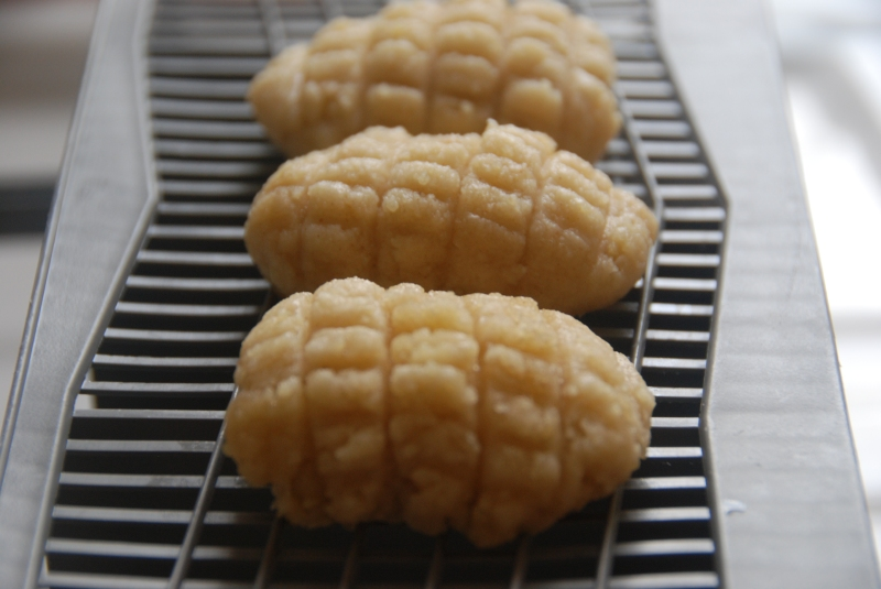 Maakaroon dough